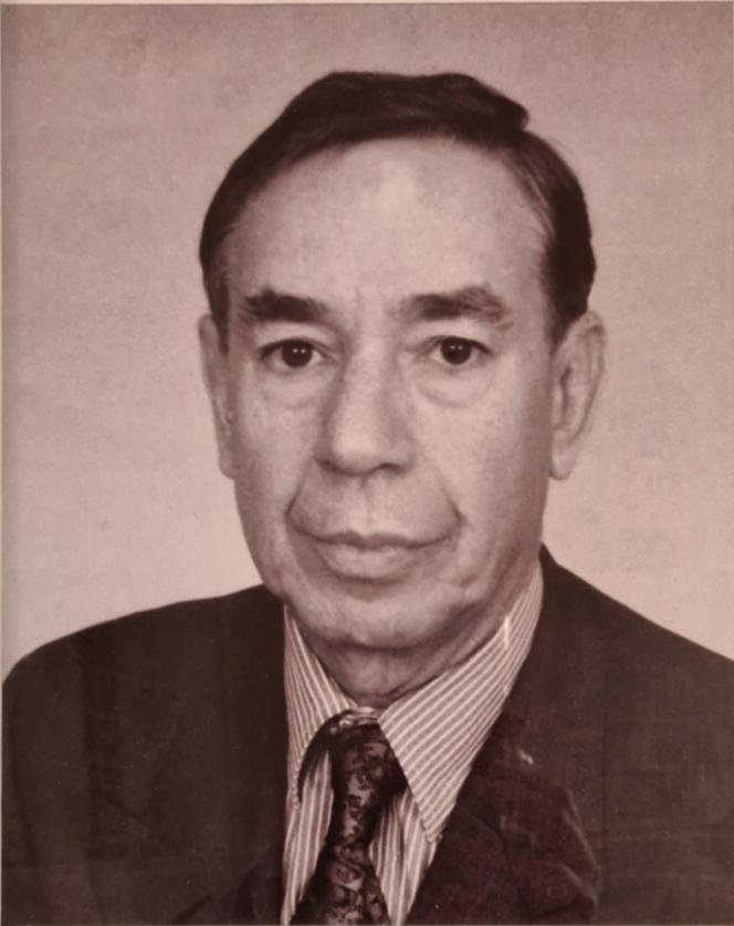 Ali Lakhdari1992 to 1994